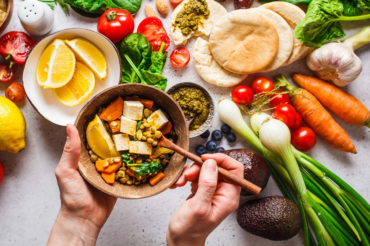 Food combining - A bowl of plant-based foods that are combined for maximal nutrient absorption